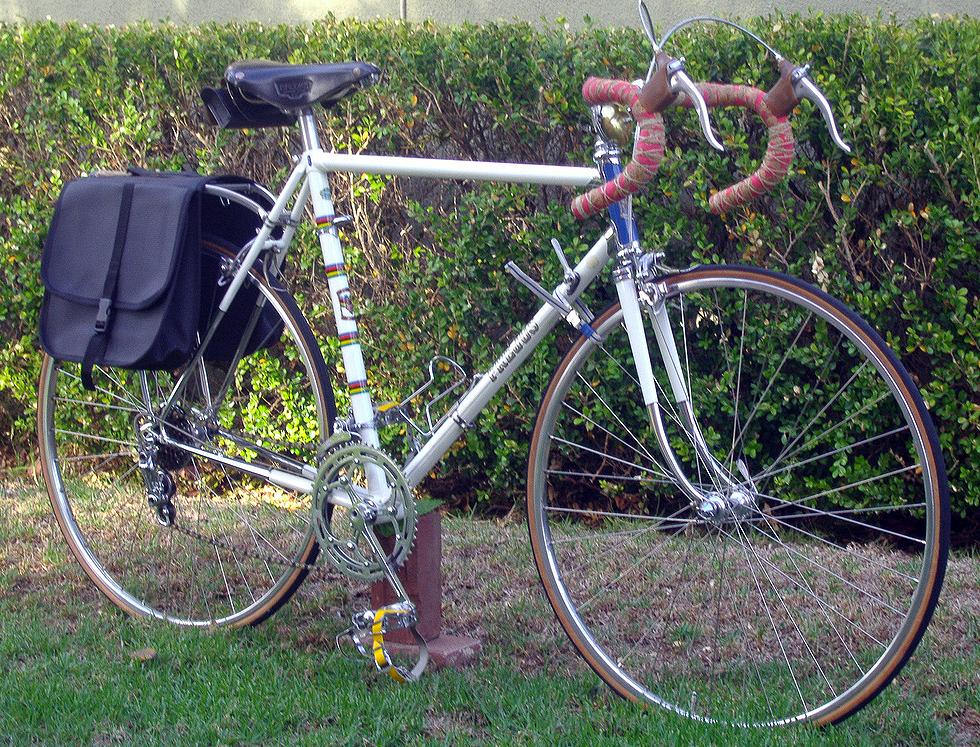 CINELLI CORK RIBBON RED BICYCLE HANDLEBAR BARTAPE BAR TAPE